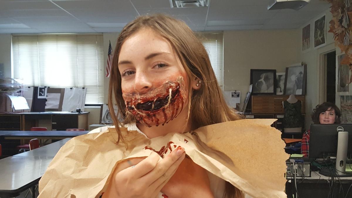 DIY: Horrifying HalloweenMakeup