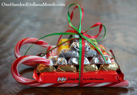 Easy-Kids-Christmas-Candy-Crafts-–-Candy-Cane-Sleigh5.jpg